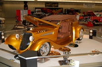 Tammy Ray's 1933 Ford • Rod-Tiques Award, Best Rod