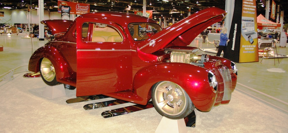 Ron & Deb Cizek — 1940 Ford Coupe