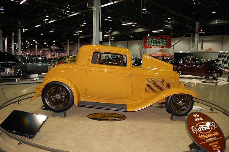 Phil & Deb Becker - Dwight, IL - 1932 Ford 3-Window Coupe