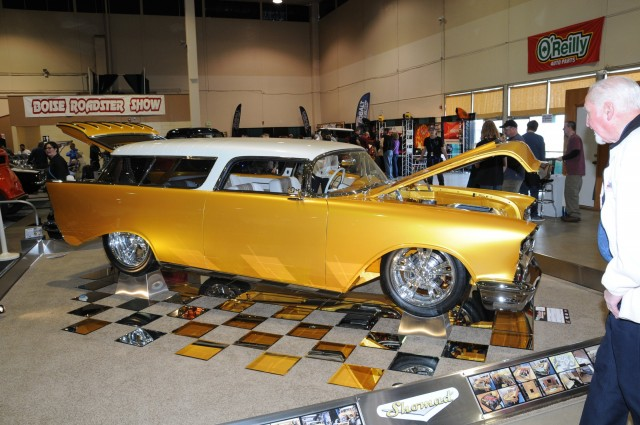 Boise Roadster Show 2020.Showmad 1957 Chevy Garners Goldmark In Boise The
